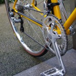 ebs_float700r_yellow[4]