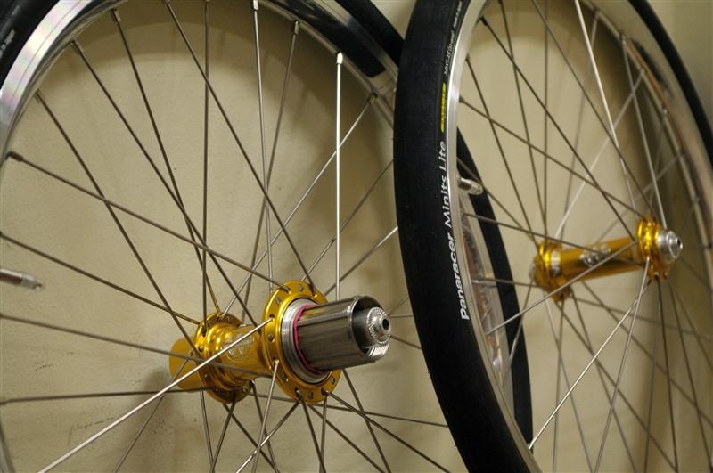 wheel_whiteindustries_gold[12]