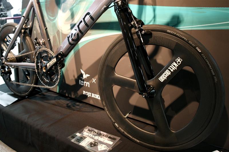 tern_carbon_wheel