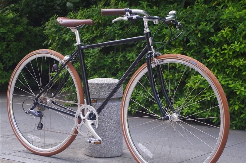 モダンクラシックな雰囲気の自転車 PERENDALE