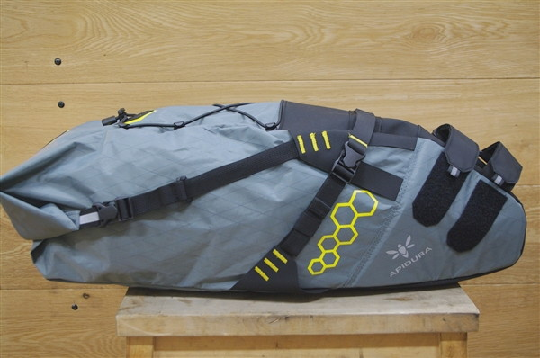 APIDURA_saddlebag_[15]