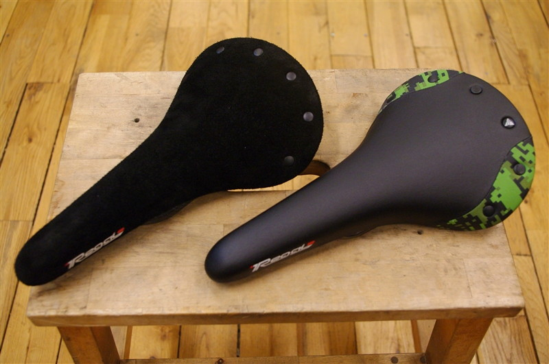 Sella Sanmarco / REGAL URBAN PERFORMANCE SADDLE CARBON FX &CAMOFLAGE