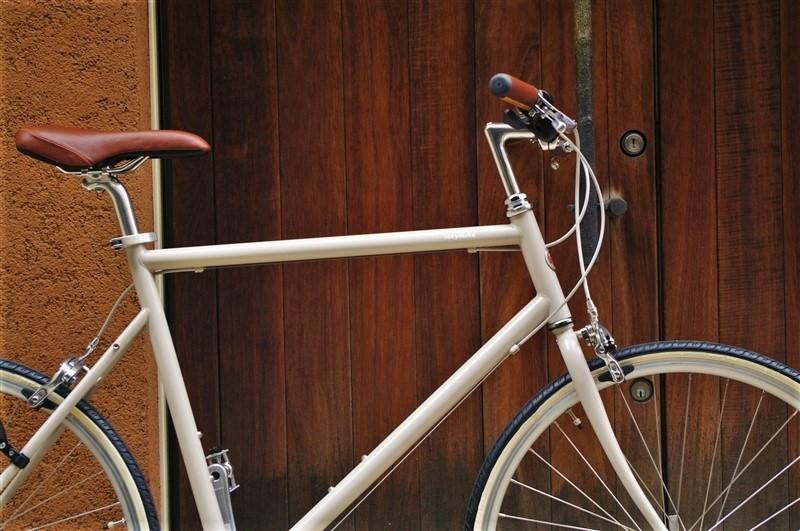 tokyobike26シンプルなクロモリクロスバイク