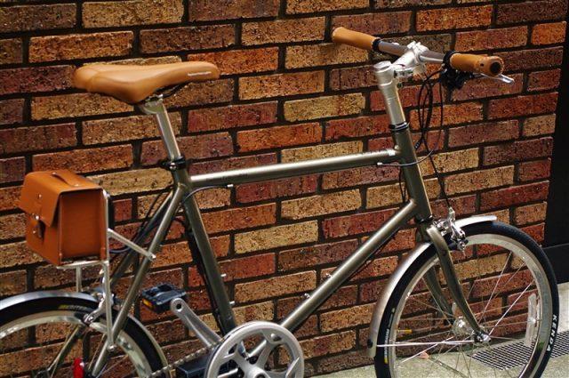 ミニベロの電動アシスト自転車デイトナの画像