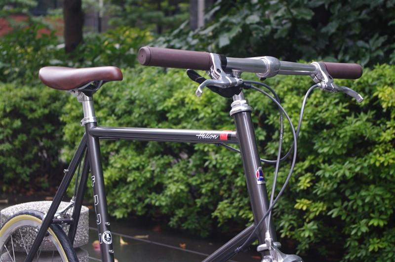 fujiのミニベロhelionの完成車