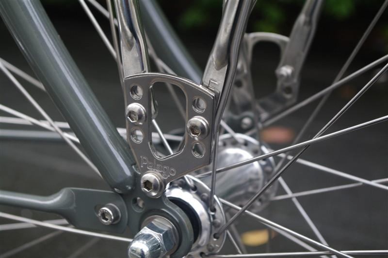 pelagoのクロスバイクbristolの完成車