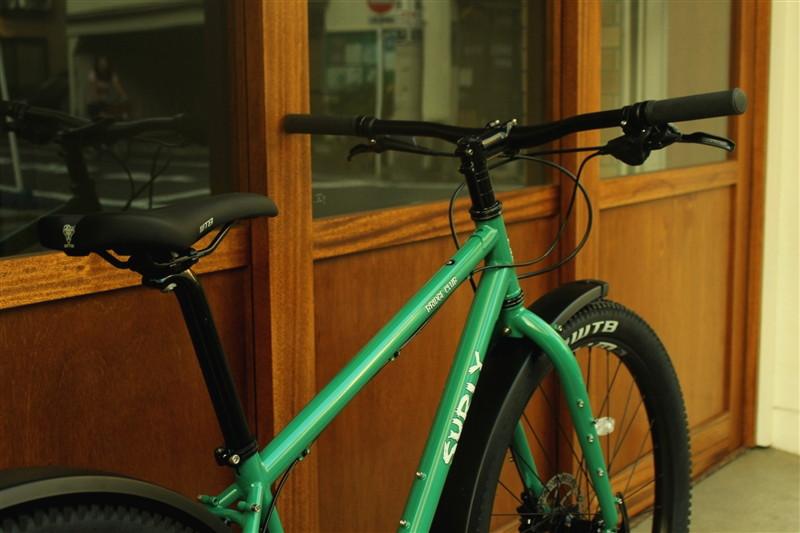 surlyのマウンテンバイクbrigdeclubの完成車