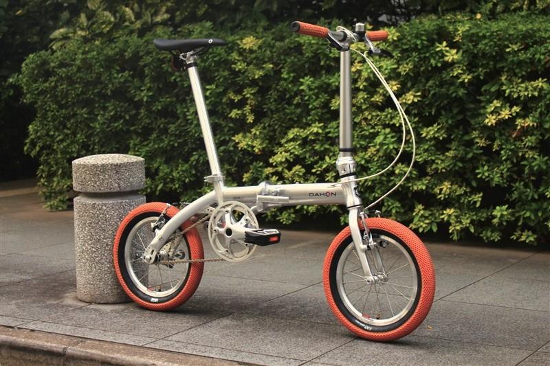 dahonの折り畳み自転車doveplusのカスタム完成車