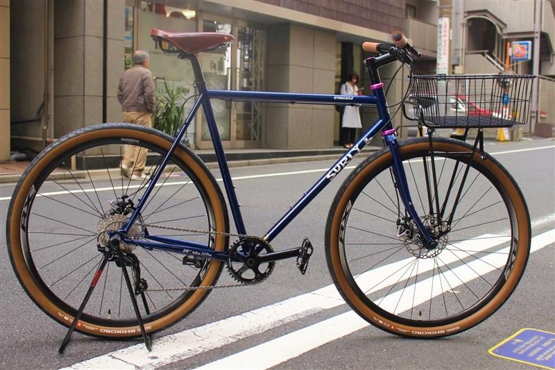 surlyのクロスバイクstragglerの完成車