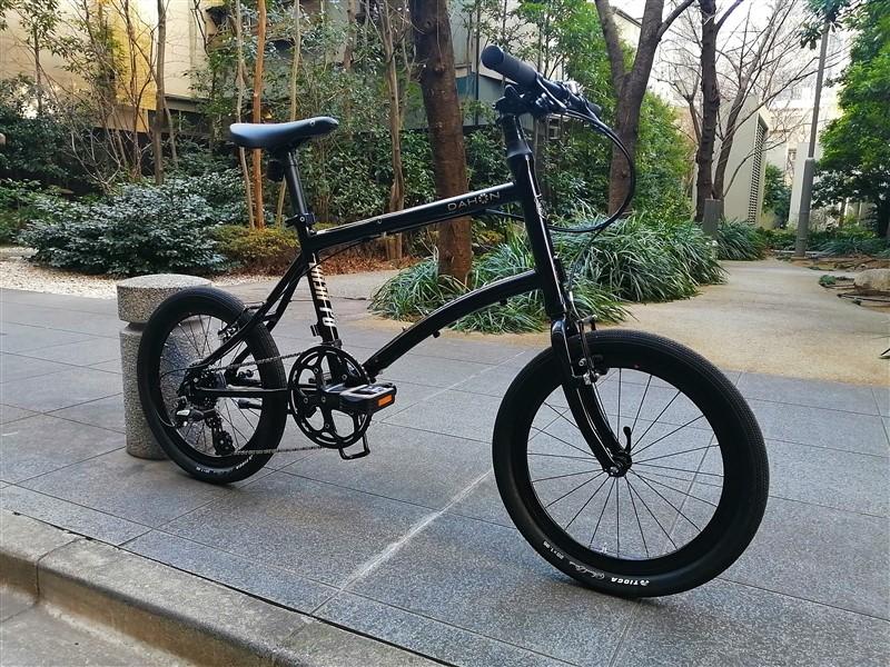 dahonの折り畳み自転車dashp8のファットタイヤカスタム