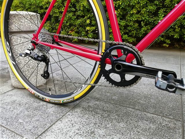 京都製ハンドメイドフレームebsのロードバイクfarawayの完成車