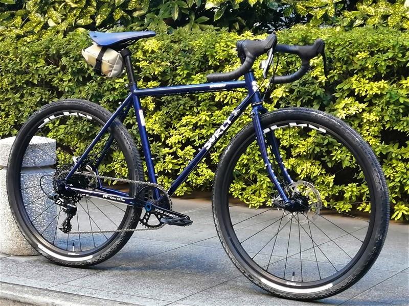 surlyのクロスバイクstragglerのsram/apex1完成車