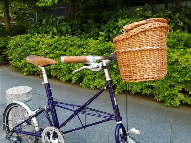 イギリス製自転車alexmoultonのtsr9-fxのミニベロカスタム