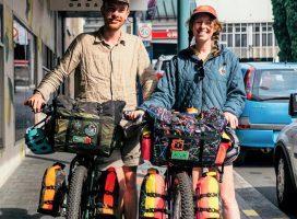 ロンドン発 世界を旅した二人のバッグブランドが日本に初上陸!