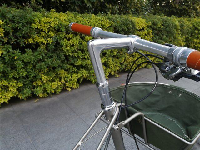 英国製ミニベロalexmoulton tsr9-spの再塗装レストア