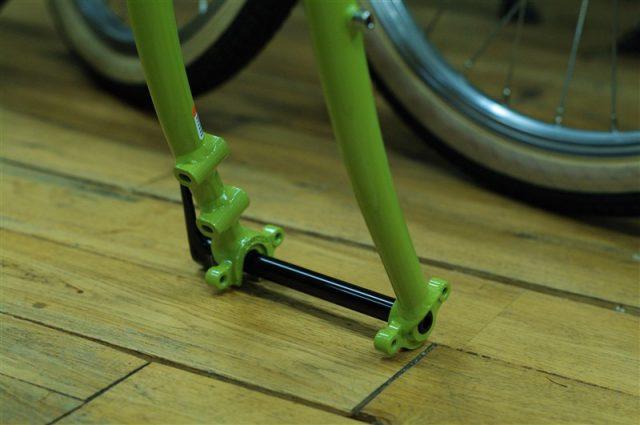 アメリカンブランドsurlyのツーリングバイクdisctruckerフレームセット